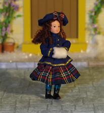 Daniella Muñeca, casa de muñecas en miniatura poco Hembra Girl Doll 1; 12 Escala
