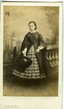 CARTE DE VISITE CDV PHOTO PINOT VERSAILLES MLLE DE FENELON POSE 1860 MODE