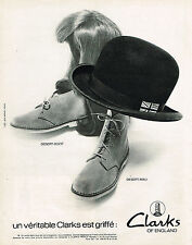 PUBLICITE ADVERTISING 024   1971   CLARKS of ENGLAND    chaussures
