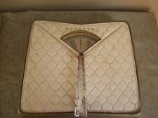 Vintage / Antique Detecto Padded Bathroom Scale  Works Great