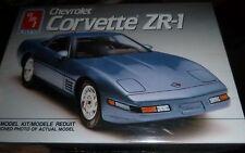 AMT 1991 CHEVY Corvette Coupe zr1 1/25 Model Car Mountain FS