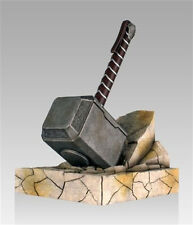 *NEW IN BOX* Marvel Comics - Thor Mjolnir Hammer Bookend Statue by Gentle Giant