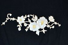 Sew on & iron on  patches(white embroidered flower)