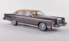 """Lincoln Continental Towncar """"Brown Metallic"""" 1977 (Neo Scale 1:43 / 44421)"""