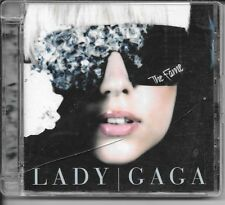 CD ALBUM 13 TITRES--LADY GAGA--THE FAME--2008