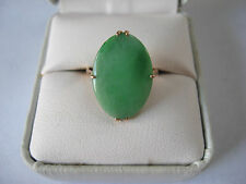 Vintage Signed 14K Gold Chinese Green Jade Oval Prong Set Ring~Size 7.5