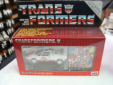 MISB 2001 Transformers G1 E-Hobby Reissue #05 New Years Special RED ALERT
