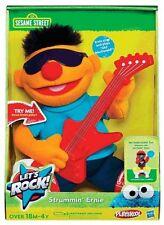 Sesame Street Lass uns Stein ' Strummin' Ernie' 25.4cm ' Kuscheltier