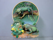 New Giant Green Iguana Family Deco 3D Plate 3 Iguanas In Jungle