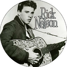 CHAPA/BADGE RICK NELSON . pin button ricky the cramps rockabilly charlie feather