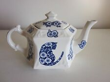 Crownford Giftware Teapot made in England Blue and White Cats