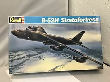 New Revell B-52H Stratofortress 1:144 Airplane Model 4584 1990