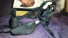 Starlet for Payless Black Lauren Ankle Wrap Mary Jane Shoes Size 7