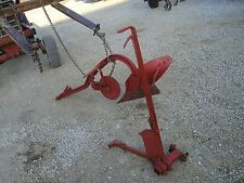 Farmall Tractor Avery Tractor 1 bottom plow & coulter & hand lift mount