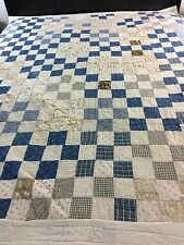 VINTAGE Handmad BLUE & WHITE HOMESPUN COTTON FABRIC NINE PATCH Quilt CIRCA 1930s