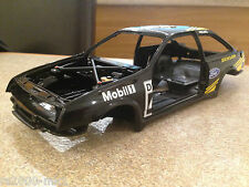1/18 AUTOART FORD SIERRA COSWORTH SHELL MODIFIED TUNING UMBAU GARAGE DIORAMA