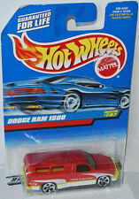 #797 - DODGE RAM 1500 - red/white - 1:64 Hot Wheels 1997