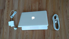 "Apple MacBook White 13"" MC516LL/A, 250GB HDD Intel 2.40GHz 2GB Ram LATEST MAC OS"