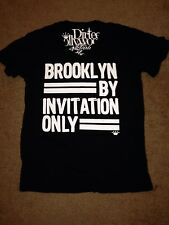 DIRTEE HOLLYWOOD Men's Black Brooklyn by Invitation Only V-Neck shirt Sz M New