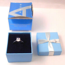LOVELY AVON SPARKLING CZ SOLITAIRE RING IN GIFTBOX SMALL IN SILVERTONE 2005 NOS