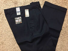NWT DOCKERS Signature Collection Iron Free Khaki Pants-Pleated 30X30-MSRP $72
