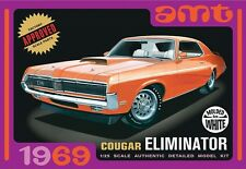 AMT [AMT] 1:25 1969 Mercury Cougar White Plastic Model Kit AMT898