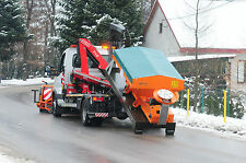 Box Gritter 1.5 cubic meters. Electric drive and controls