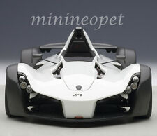 AUTOart 18111 BAC MONO 1/18 DIECAST MODEL CAR METALLIC WHITE