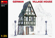 MIN35012 - Miniart 1:35 - German Village House
