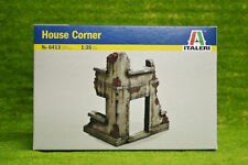 Italeri 1:35 Scale WWII House Corner for Dioramas 6413