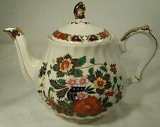 Vintage Sadler Teapot White With Beautiful Gold Gilt Made in England