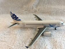 DRAGON WINGS AIRBUS A319 CORPORATE JETLINER - #55682 - SCALE 1:400 - NEW IN BOX