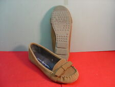 Womens AMERICAN EAGLE OUTFITTERS Tan Leather Loafers Size 6