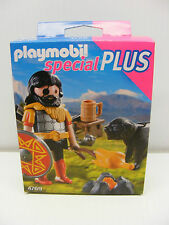 Playmobil Special plus action figure 4769 BARBARIAN Campfire & Dog  geobra,2012
