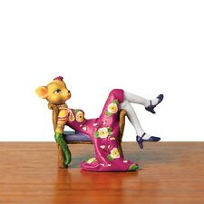 Kitty Figurine Resting On Lounge Chair New In Box Cat Named Kate Deluxe SALE