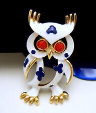 Crown Trifari Vintage Owl Brooch White Blue Spots Red Eyes Enamel Gold Tone