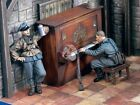 "Verlinden 1/35 ""The Last Party"" Set I German Soldiers WWII (2 Figs + Piano) 1742"