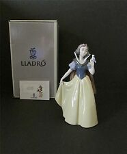 LLADRO Snow White , Mint condition with box $695