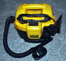 Dewalt 18 volt vacuum DC500 Battery rechargeable  NiCd