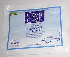 Clean & Clear by Johnson & Johnson. Packet Contains 1 Daily Pore Cleansing Cloth