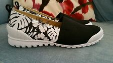 Cougars Sparkle Womens black Canvas Slip on Sneaker! Perfect for Summer! Sz 7.5