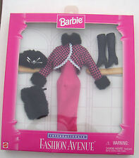 Barbie Internationale Fashion Avenue Mattel Winter Outfit Clothes 1996