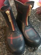 Womens Tommy Hilfiger Rubber Rain Boots Size 8! DISPLAY ITEM!