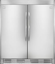 Frigidaire GALLERY Stainless Refrigerator & Freezer Combo FGRU19F6QF FGFU19F6QF