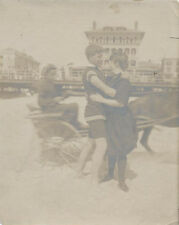 ORIGINAL VINTAGE PHOTOGRAPH OF COUPLE ON BEACH KISSING W/ HORSE   CART