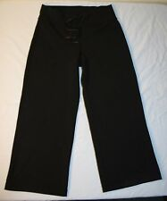 Womens Lululemon Athletica Yoga Pants Sz 6 Black Capri Cropped Exercise Comfort