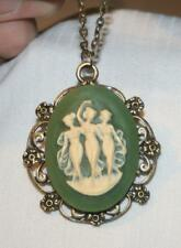 Lovely Lobed Floral Rim Green & Cream 3 Muses Dancing Brasstn Pendant Necklace