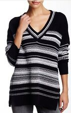 NWT $375 VINCE Black White Textured Alpine Stitch V Neck Oversize Sweater M Med
