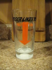 Tiger Woods Likes to Golf ?!? Valentine's Day 2010 Pint Beer Glass Flying Saucer