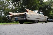 Cadillac: DeVille coupe